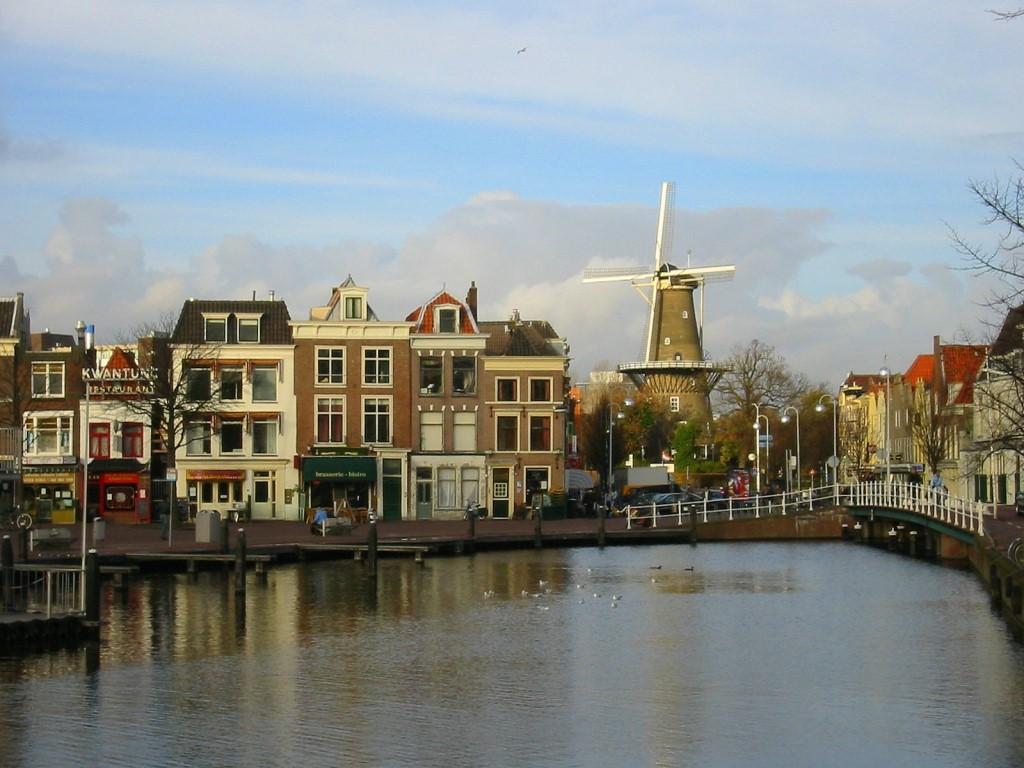Huisontruiming Leiden